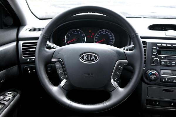 ¿Cómo desbloquear el volante del coche?